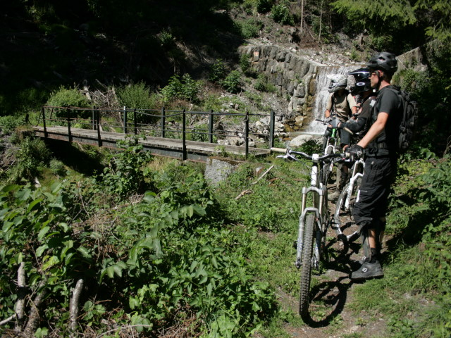 Simply Seanie: Review: Trail Addiction back country riding in Les ...